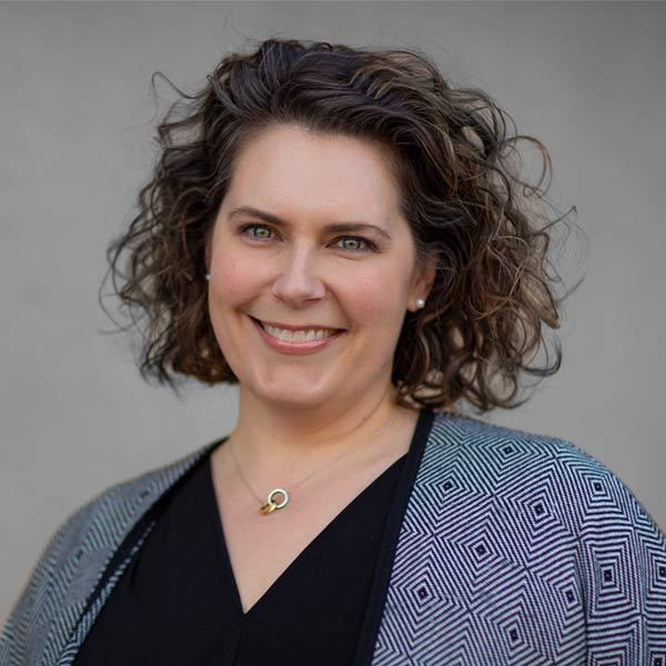 Dr Trisha Wallis | Licensed Clinical Psychologist & Licensed Clinical Social Worker